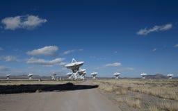 Piatto enorme dell'antenna a matrice molto grande Fotografie Stock Libere da Diritti