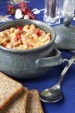 Piatto fatto dei fagioli e della salsiccia Fotografie Stock Libere da Diritti