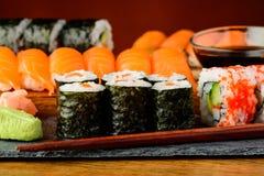 Piatto misto dei sushi Immagine Stock Libera da Diritti