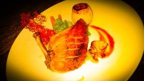 Piatto principale del petto di pollo fritto immagine stock