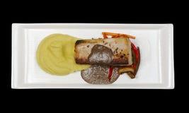Piatto principale: Sgombro mediterraneo con la purè di patate fotografie stock