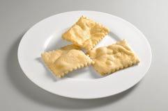 Piatto rotondo con pane fritto immagini stock