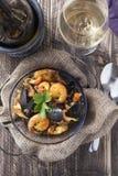 Piatto rustico di estate del riso dei frutti di mare portugese della paella di Arroz de marisco Immagini Stock