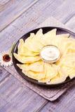 Piatto ucraino, russo o polacco: varenyky, vareniki, pierogi, pyrohy Gnocchi, riempiti di formaggio dell'agricoltore della ricott Immagini Stock Libere da Diritti