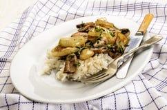 Piatto vegetariano, fungo arrostito con il andthyme del riso Fotografie Stock