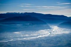 Piave-Fluss in den Nebel Stockfoto