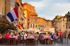 Piazza园地De Fiori在罗马,意大利 免版税库存图片