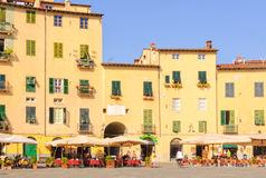 Piazza Anfiteatro 3 - Lucca Arkivfoton