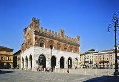 Piazza Cavalli di Piacenza Fotografia Stock Libera da Diritti