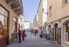 Piazza Cavana i Trieste royaltyfri bild