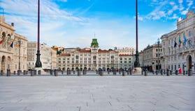 Piazza d'Italia van Unità in Triëst Stock Afbeeldingen