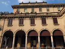 Piazza Dante i Bergamo royaltyfria foton