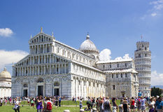 Piazza dei Miracoli i Oparty wierza Pisa Obrazy Royalty Free
