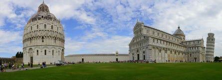 Piazza dei Miracoli, Pisa panoramiczny widok - Obraz Royalty Free