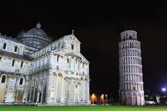 Piazza dei Miracoli z Oparty wierza Pisa, Włochy Zdjęcia Stock