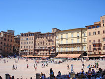 Piazza del Campo, het eerste vierkant van de Oker in Italië Stock Afbeelding