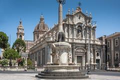 Piazza del Duomo在卡塔尼亚,西西里岛 库存图片