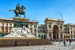 Piazza del Duomo在米兰,意大利 免版税图库摄影
