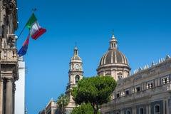 Piazza del Duomo in Catanië en de Kathedraal van Santa Agatha in Catanië in Sicilië, Italië Royalty-vrije Stock Foto