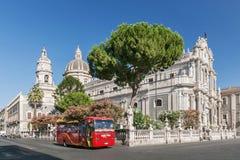Piazza del Duomo in Catanië met Kathedraal van Santa Agatha in Catanië in Sicilië, Italië Royalty-vrije Stock Fotografie