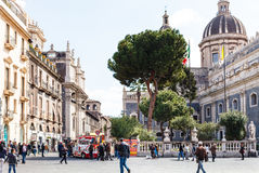 Piazza del Duomo en St Agatha Cathedral, Catanië Stock Foto