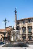 Piazza del Duomo i Catania med elefantstatyn, Sicilien Royaltyfri Foto