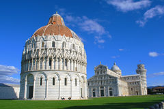 Piazza del Duomo i Pisa Royaltyfria Foton