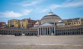Piazza del Plebiscito,那不勒斯,褶皱藻属的资本,意大利 免版税库存照片