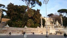 Piazza del Popolo à Rome, Italie avec une fontaine Photographie stock libre de droits