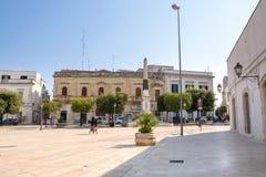 Piazza del Popolo in Alberobello-stad Royalty-vrije Stock Foto
