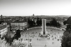 Piazza Del Popolo bei Sonnenuntergang stockbilder