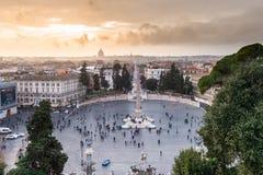 Piazza del Popolo dans le coucher du soleil HDR Photos stock