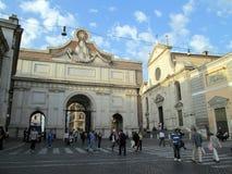 Piazza del Popolo en av de bästa bekanta ställena i Rome Italien Europa royaltyfria foton