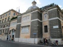Piazza del Popolo en av de bästa bekanta ställena i Rome Italien Europa Royaltyfri Fotografi