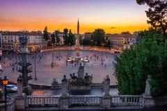 Piazza del Popolo People ` s正方形日落视图在罗马 库存照片