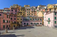 Piazza del Vignaiolo Riomaggiore, 5 tierras, Liguria, Italia fotografía de archivo libre de regalías