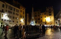 Piazza della Rotonda at night in Rome Stock Photos