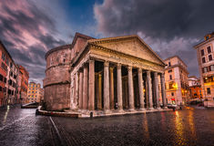 Piazza della Rotonda and Pantheon in the Morning Royalty Free Stock Images