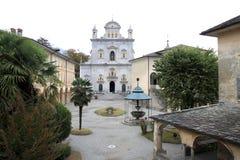 Piazza di Tempio在Varallo,意大利 免版税图库摄影