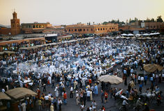 Piazza Djem EL fnaa in Marrakesch Stockbilder