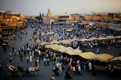 Piazza Djem EL fnaa in Marrakesch Lizenzfreie Stockfotos