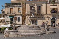 Piazza Duomo in Taormina in Sizilien, Italien Stockfoto