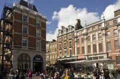 Piazza för Covent trädgård i London Arkivbild