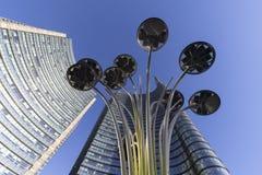 Piazza Gael Aulenti di Milano fotografia stock libera da diritti