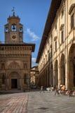 Piazza Grande la place principale de la ville toscane d'Arezzo, Italie Photo stock