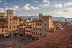 Piazza Grande o quadrado principal da cidade de tuscan Arezzo, Itália Foto de Stock Royalty Free