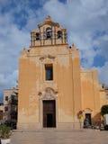 Piazza Matrice, Favignana, Sicilia, Italia Fotografia Stock Libera da Diritti