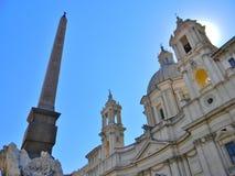 Piazza Navona och en sommarhimmel i Rome royaltyfri fotografi