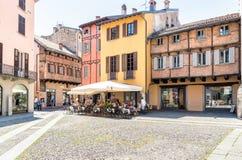 Piazza San Fedele i den historiska mitten av Como, Italien royaltyfria bilder