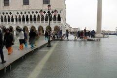 Piazza San Marco översvämmade Arkivfoton